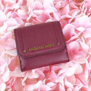 NWT Michael Kors Hayes Leather Medium Flap Wallet